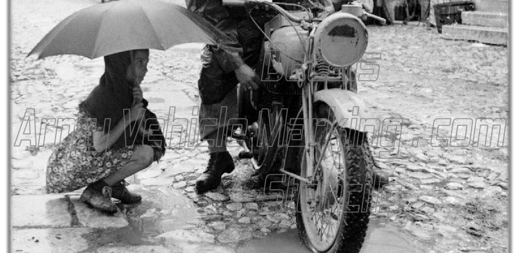 1943 Helmet Umbrella Raincoat